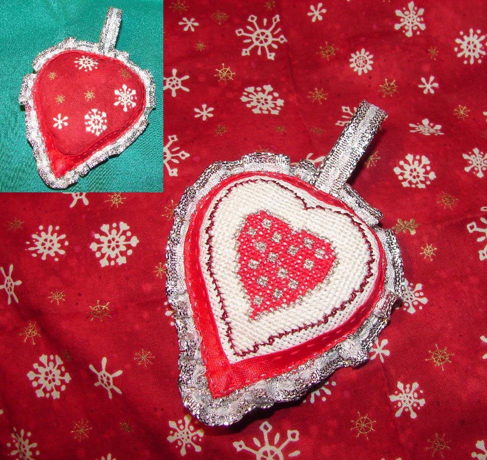 17 - ИЖ для Мамы Пелагеи. 2012 Новогодняя игрушка