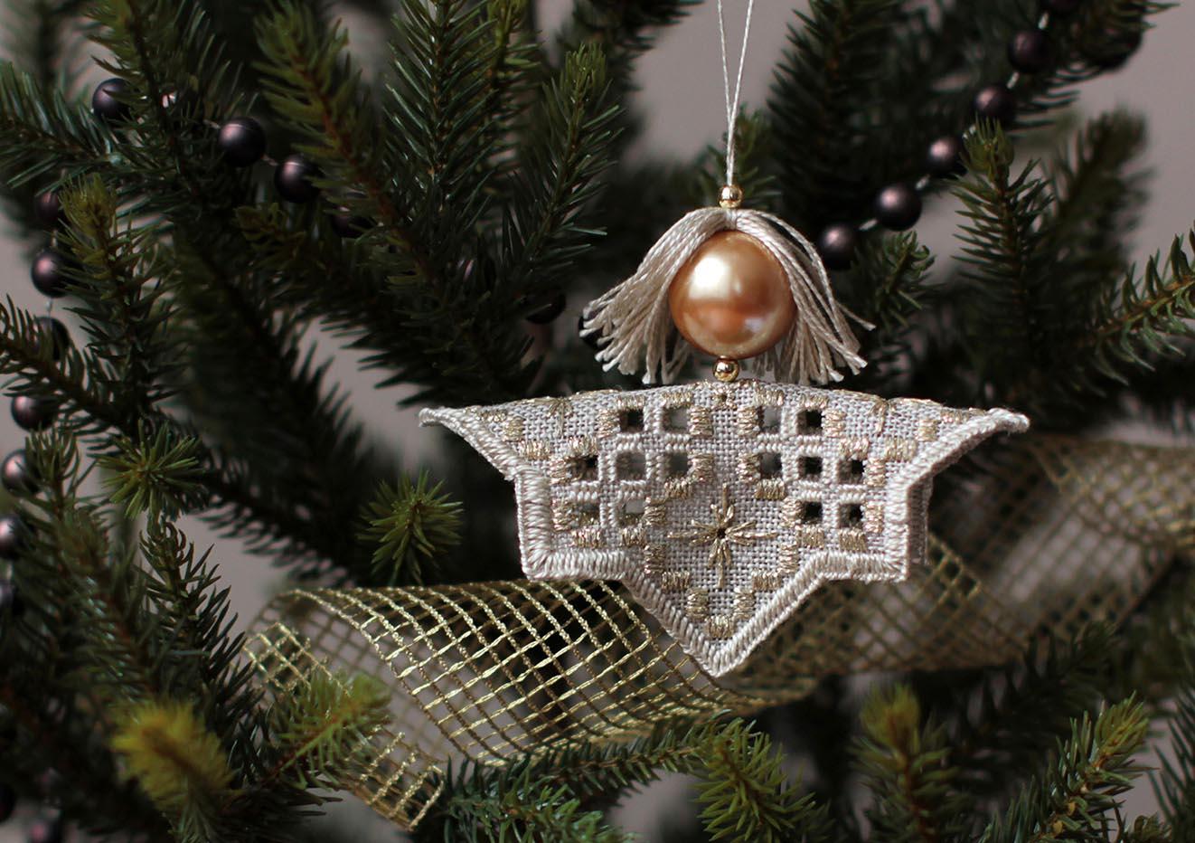 30 - Olechka для Альмейда. 2012 Новогодняя игрушка
