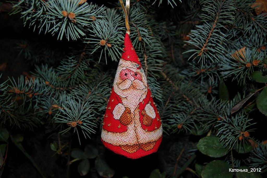 32 - Катенька для Мотылек. 2012 Новогодняя игрушка