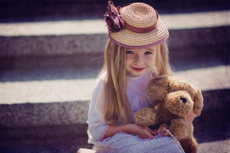 Верный друг Тоша.. Дети: художественное фото