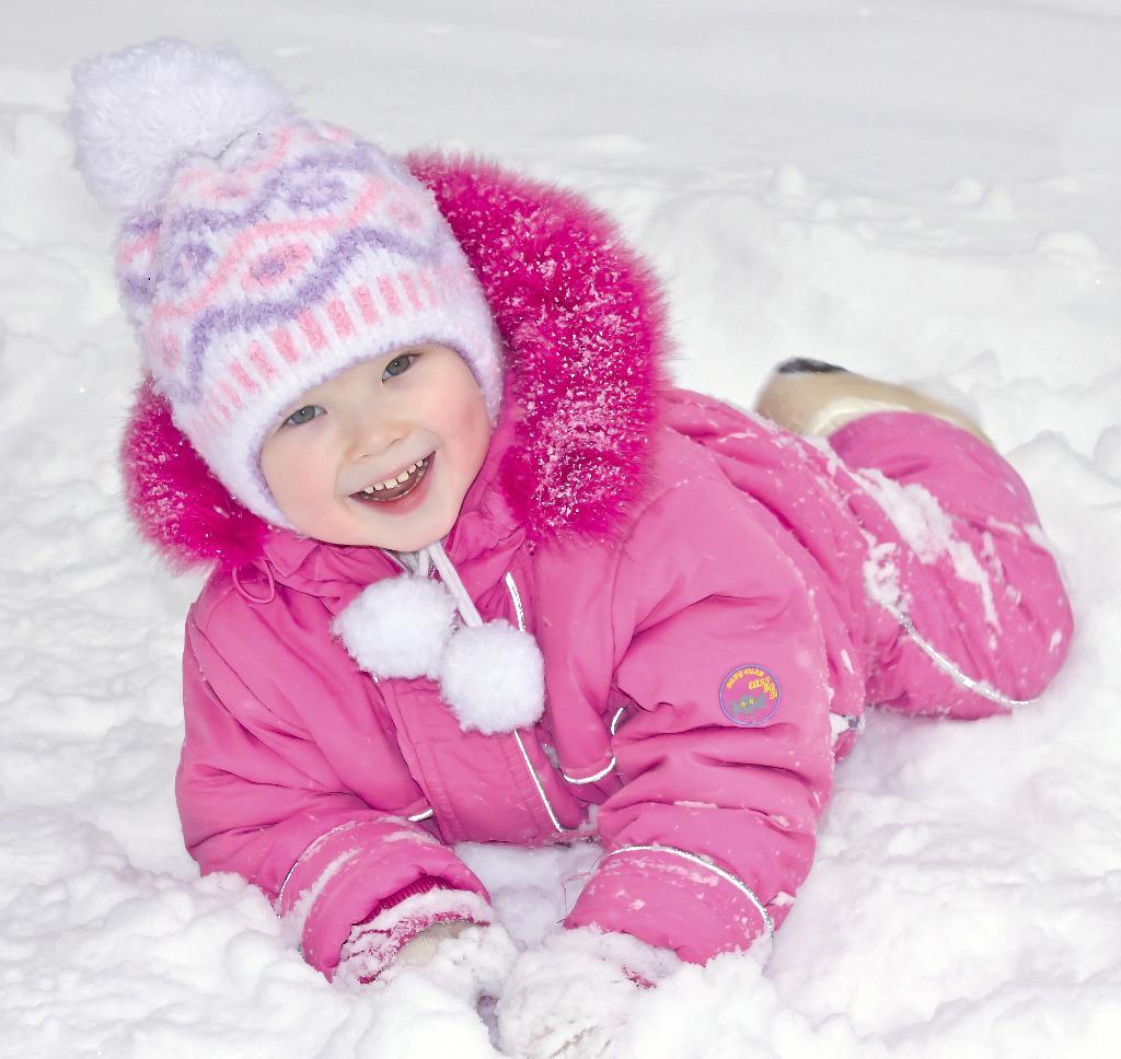 Детский мир картинки первого снега