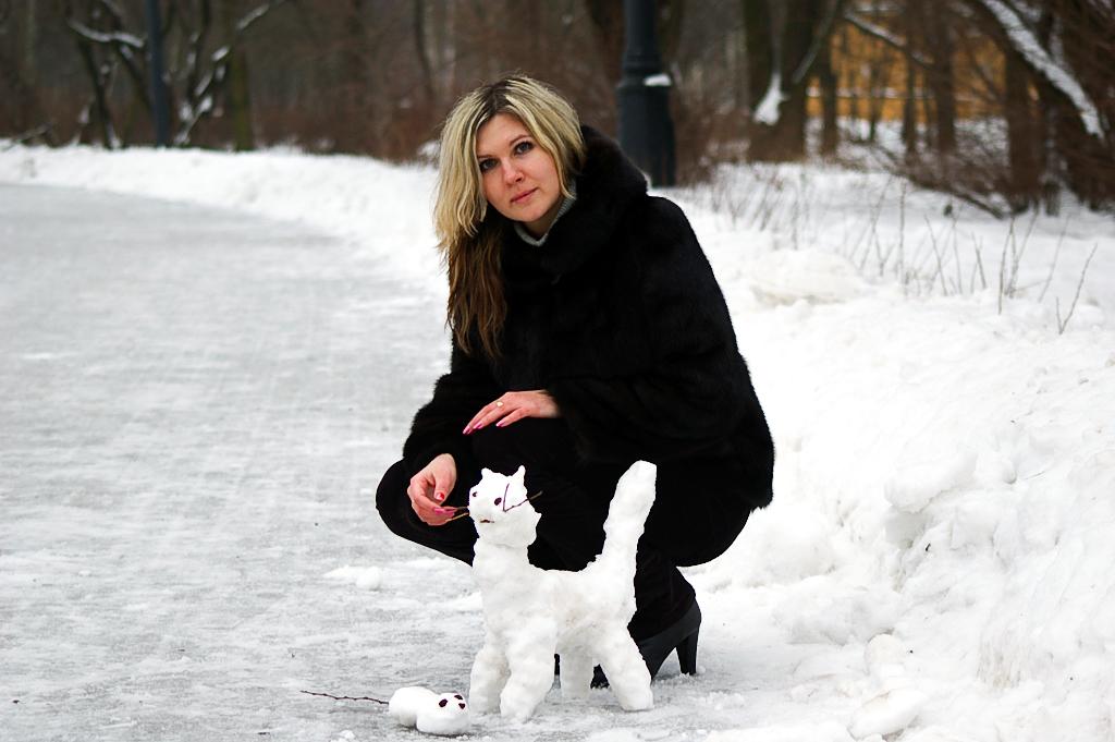 Кошки-мышки. Блиц: фигуры из снега и льда