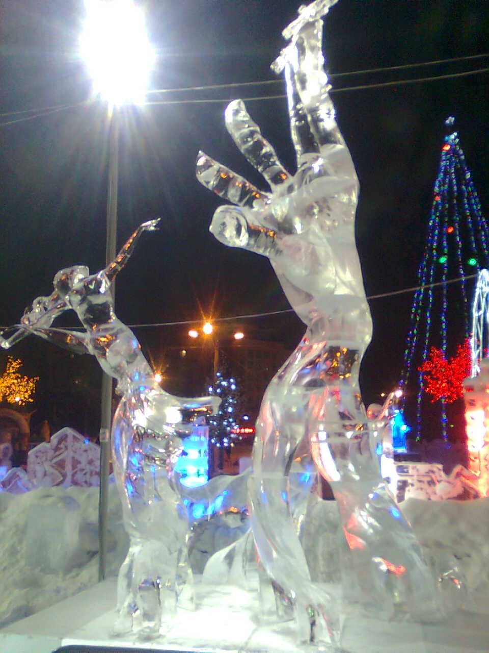 И снег, и лед, и пламень!. Блиц: фигуры из снега и льда