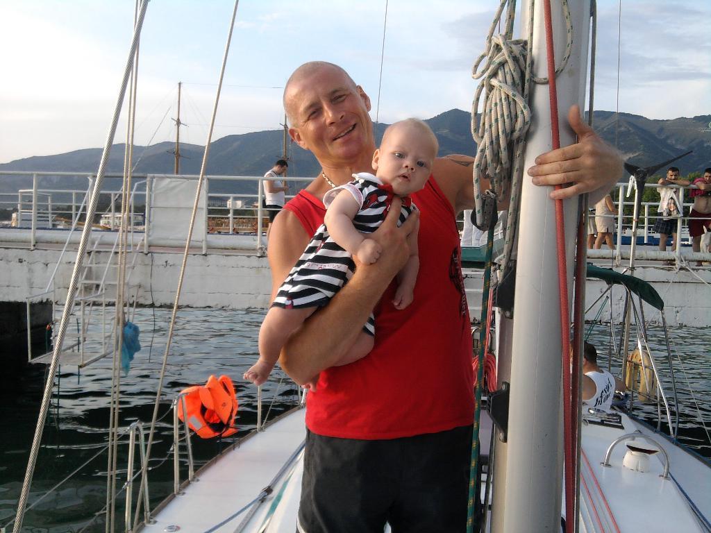 Будущий яхтсмен... Юные спортсмены