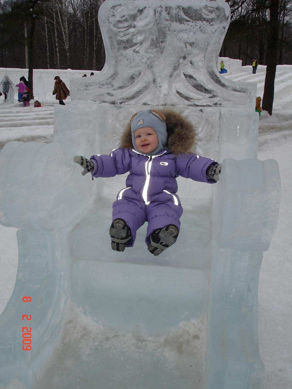 Ваше Снежное Величество. Блиц: фигуры из снега и льда