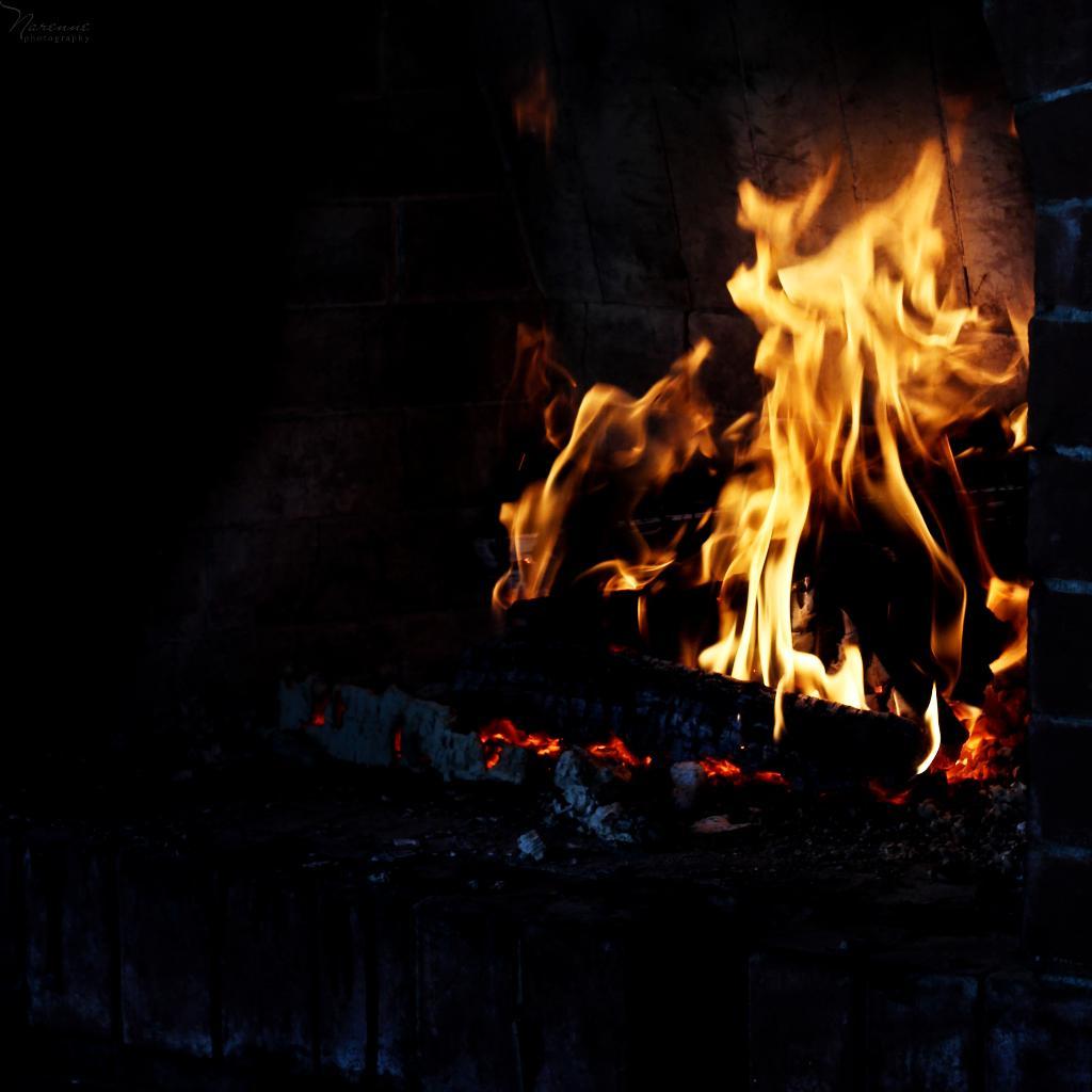 Полчаса после полуночи. Блиц: огонь