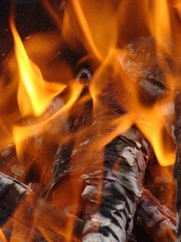 Теплая фотография. Блиц: огонь