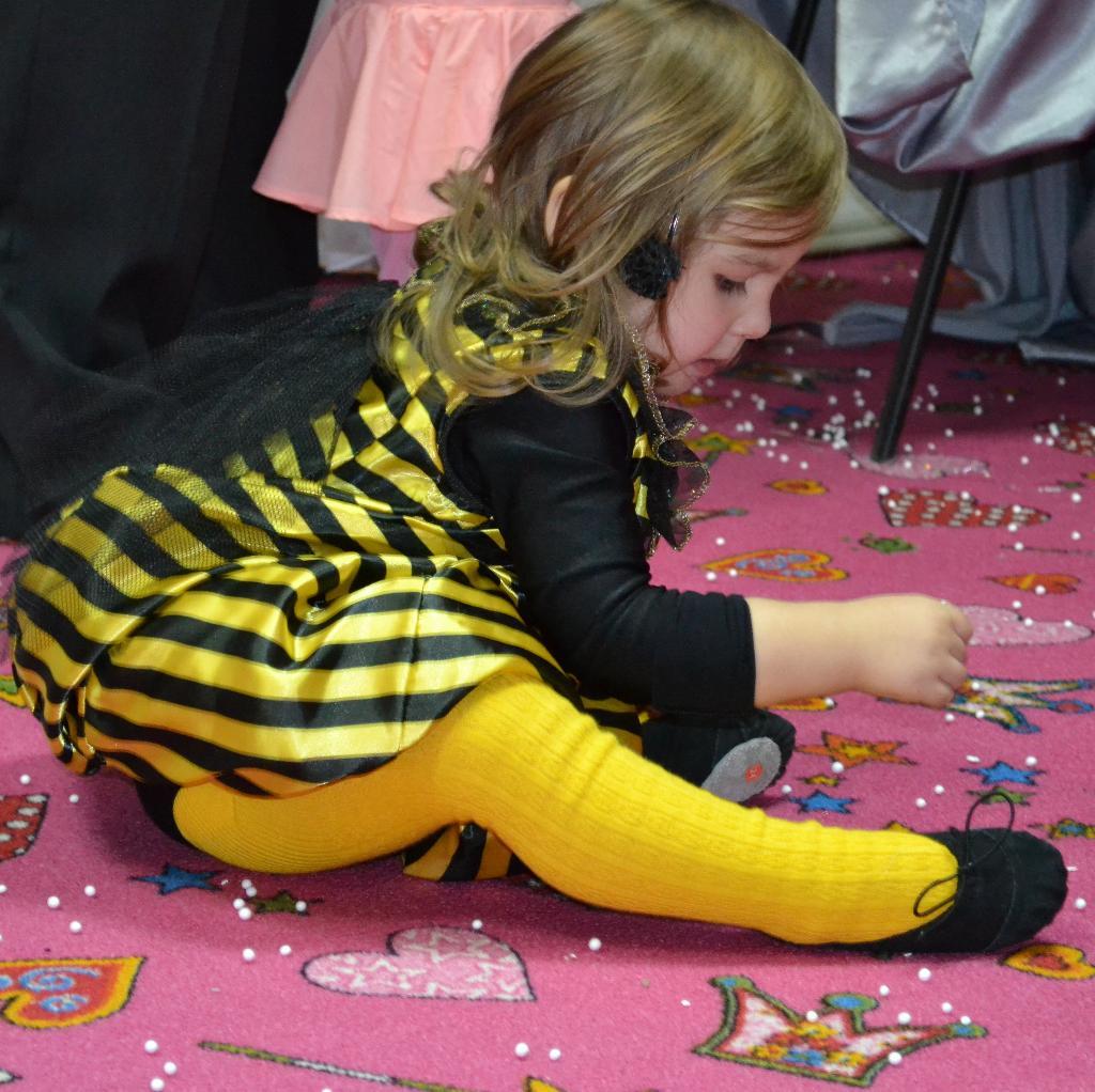 пчела Мая.