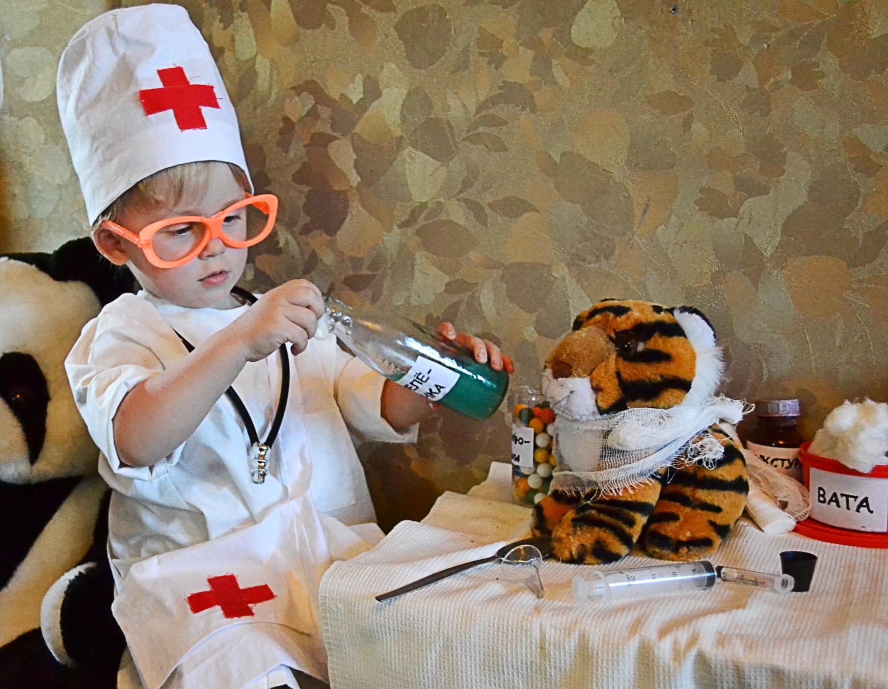 Доктор айболит картинки смешные, зима день рождения
