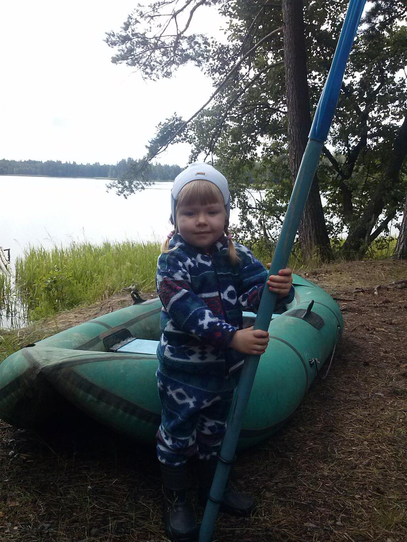 На рыбалке. Юный путешественник