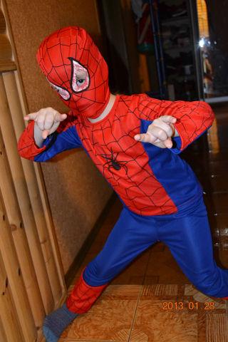 А вот и я человек-паук!. Я люблю мультфильмы!