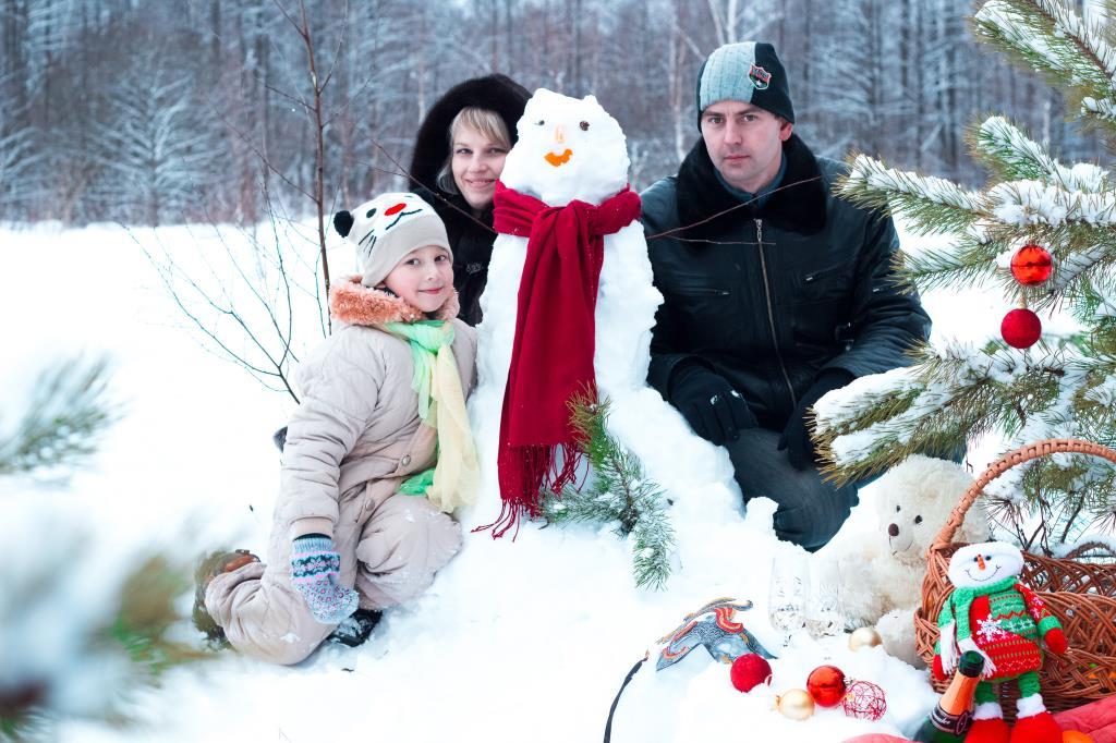 Счастливая семья!!!. Закрытое голосование фотоконкурса 'В гостях у снеговиков'
