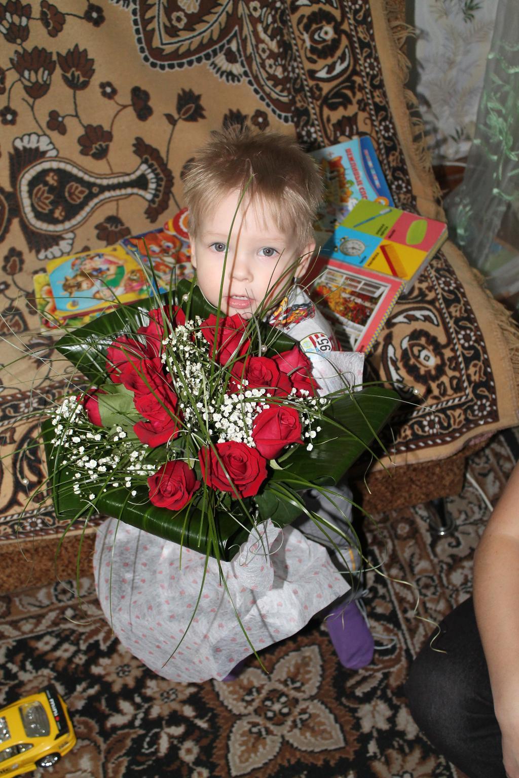 Букетик роз для мамы. Цветочное настроение