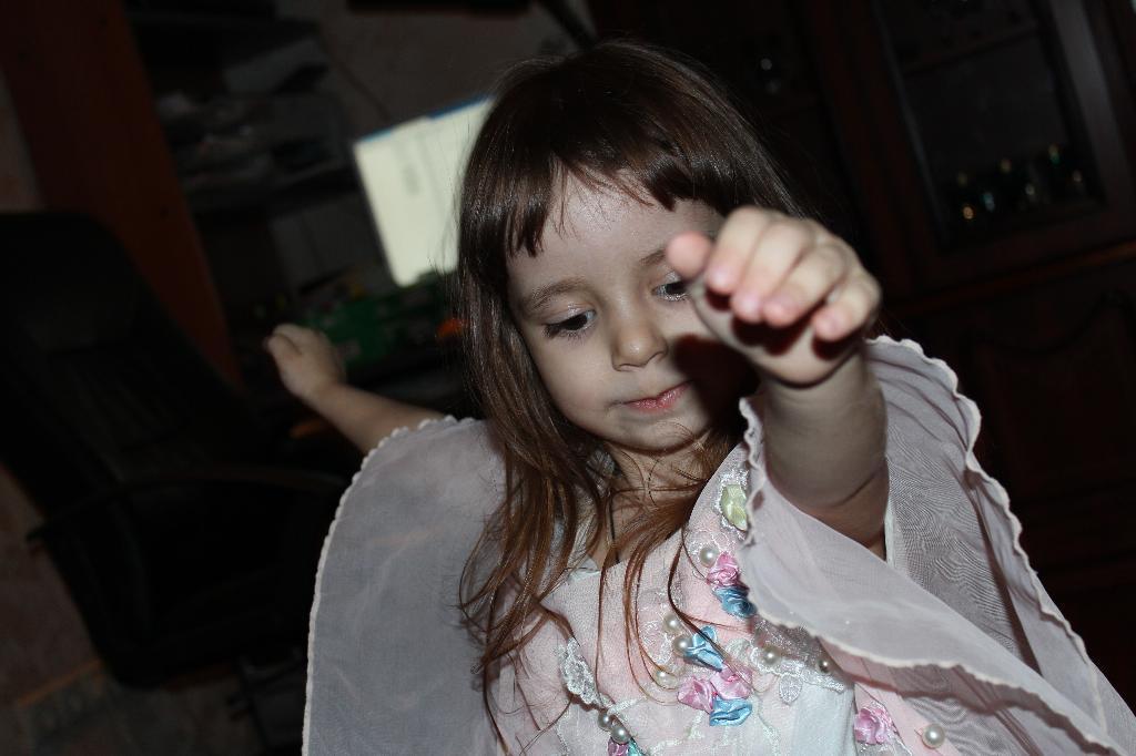 ЦЫГАНОЧКА С ВЫХОДОМ))). Танцуй, пока молодой!