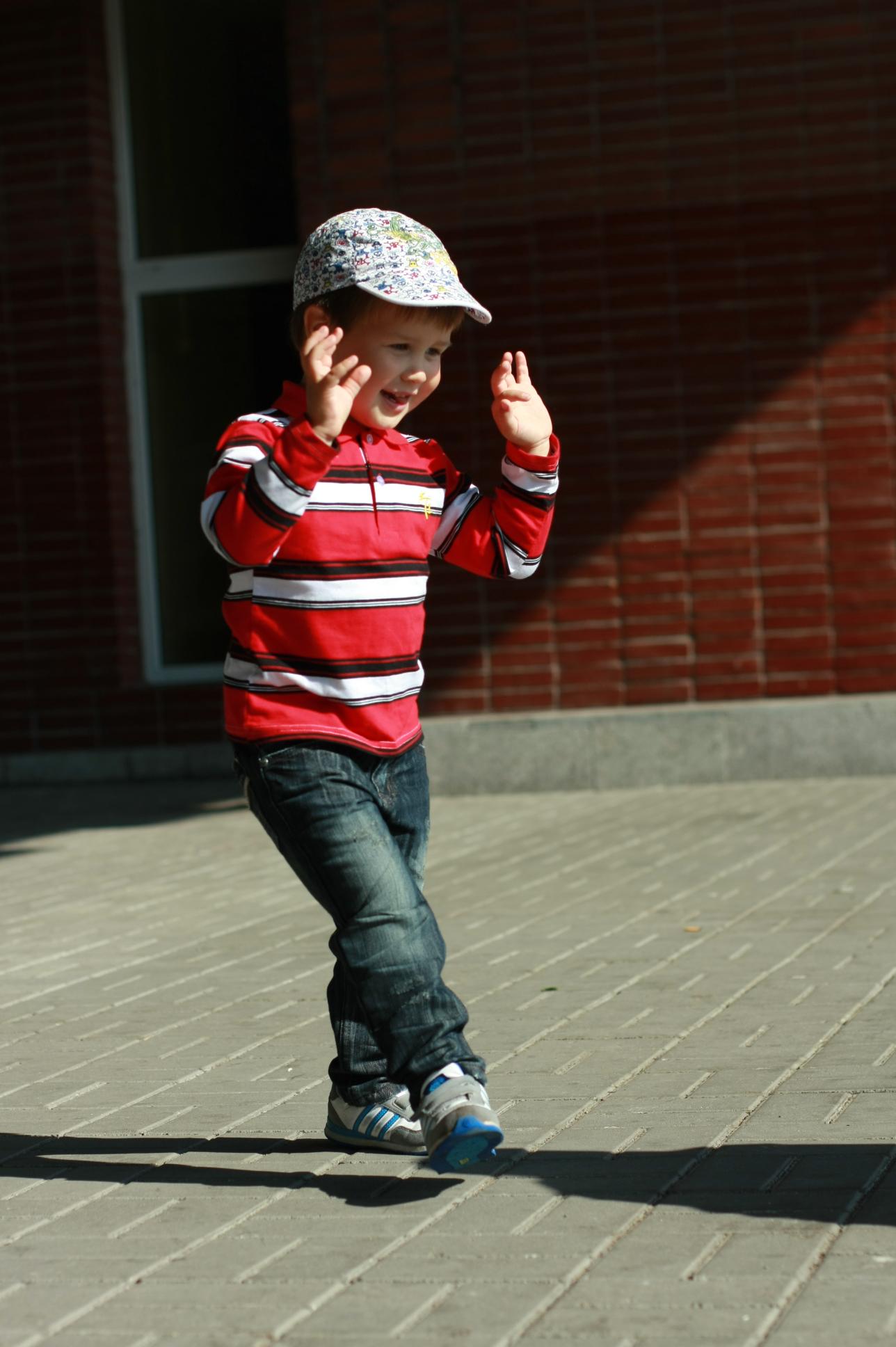 танцуй и веселись!. Танцуй, пока молодой!