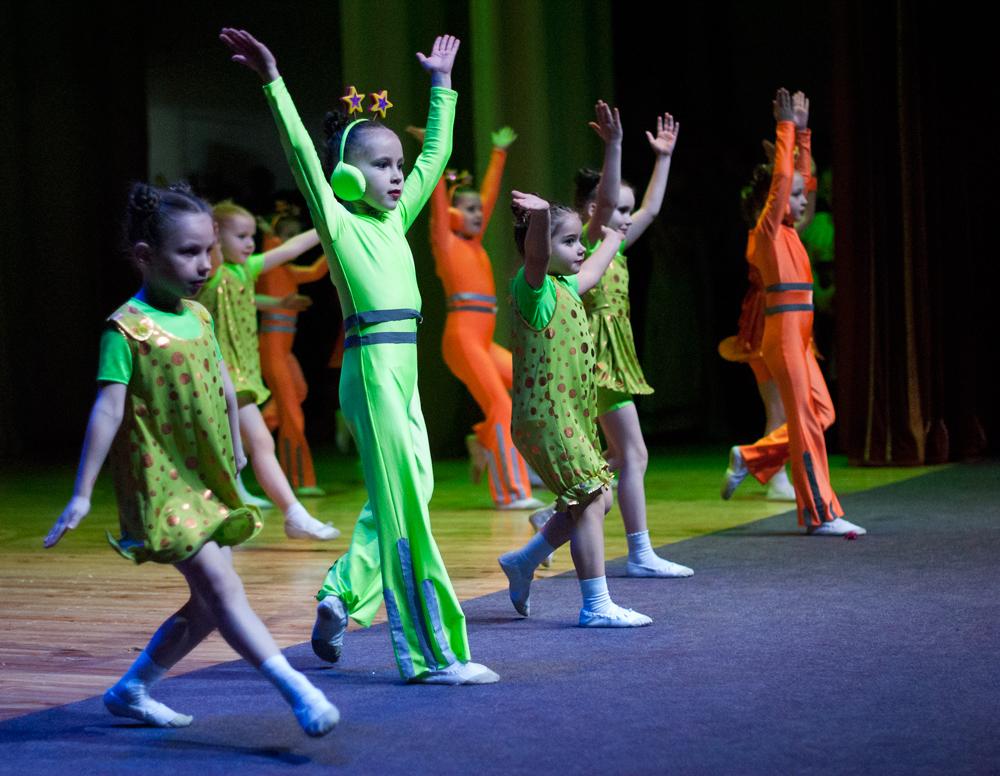 Зеленые человечки. Танцуй, пока молодой!