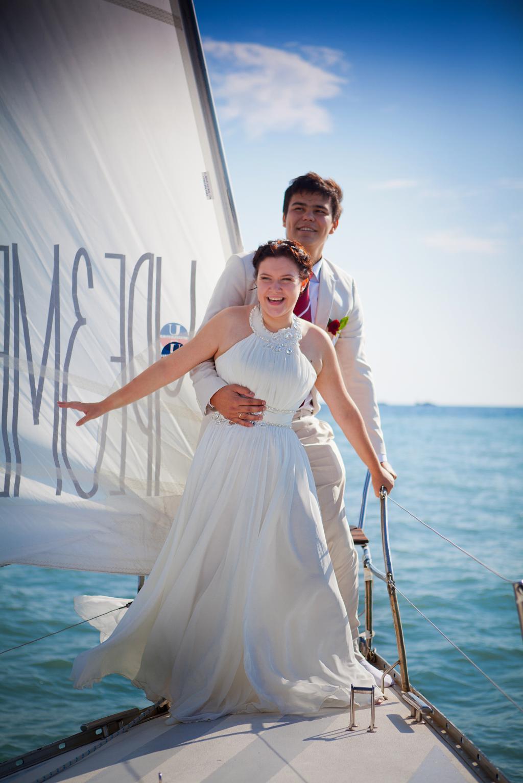 В счастливое плавание. Свадебные колокола