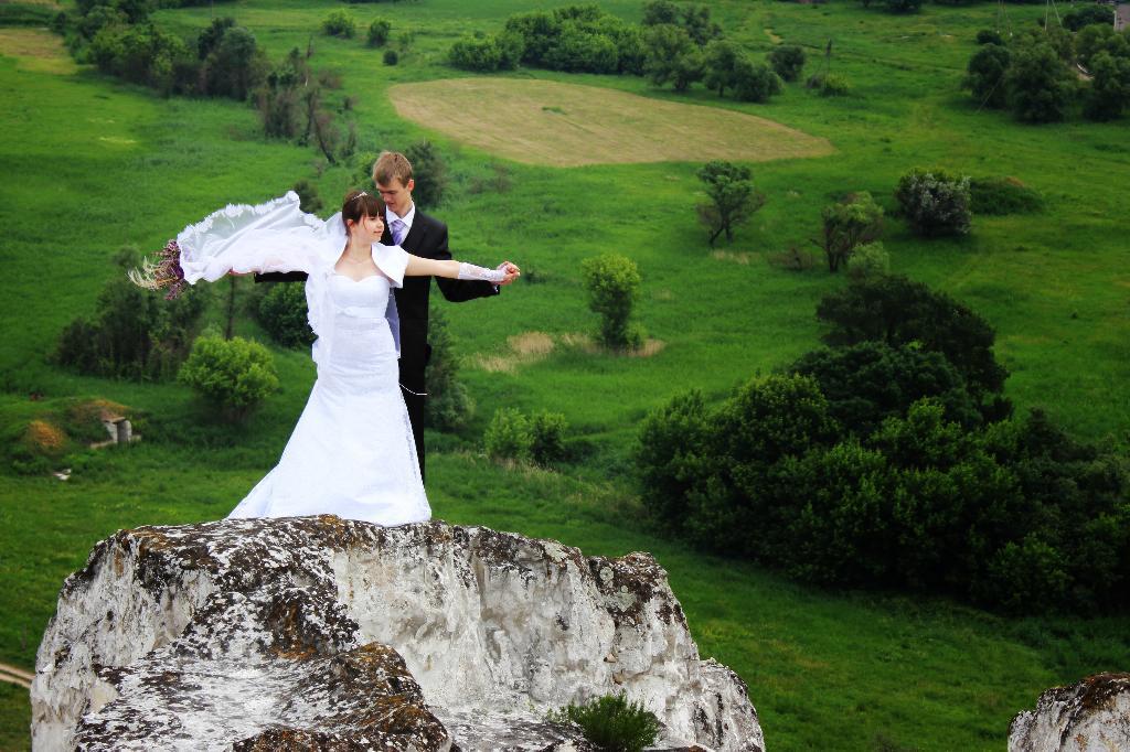 На крилах кохання.... Закрытое голосование фотоконкурса 'Свадебные колокола'