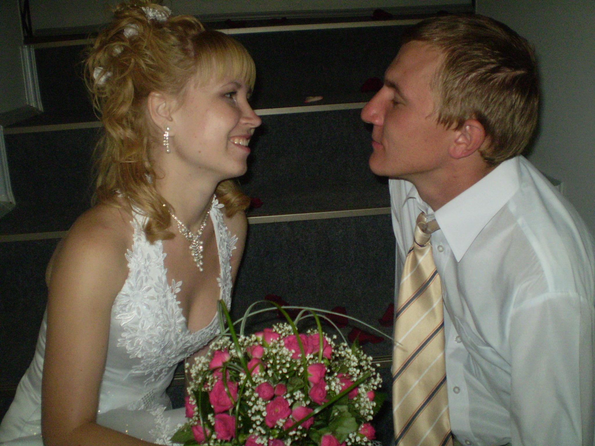НЕЗАБЫВАЕМЫЕ МИНУТЫ . Свадебные колокола
