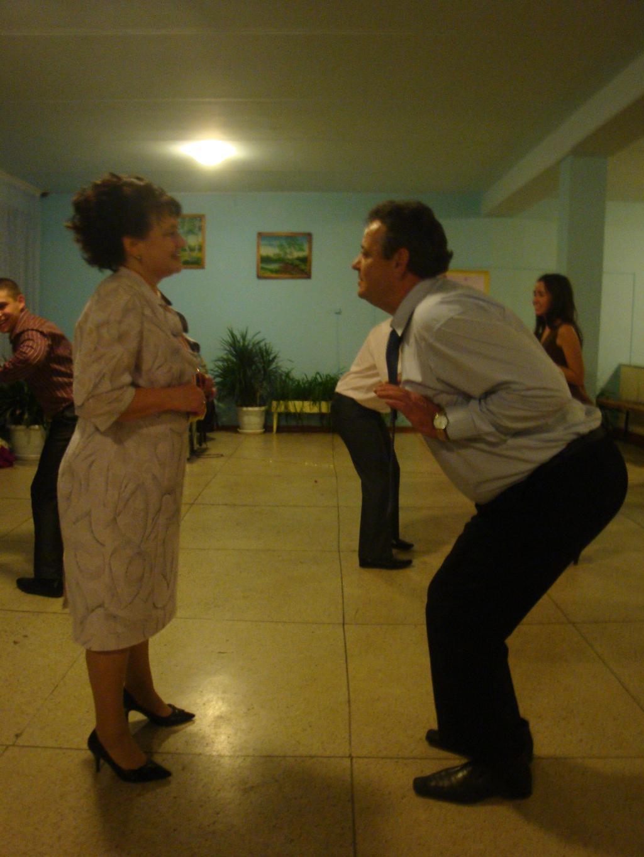 Танец 'маленьких' утят. Танцуй, пока молодой!