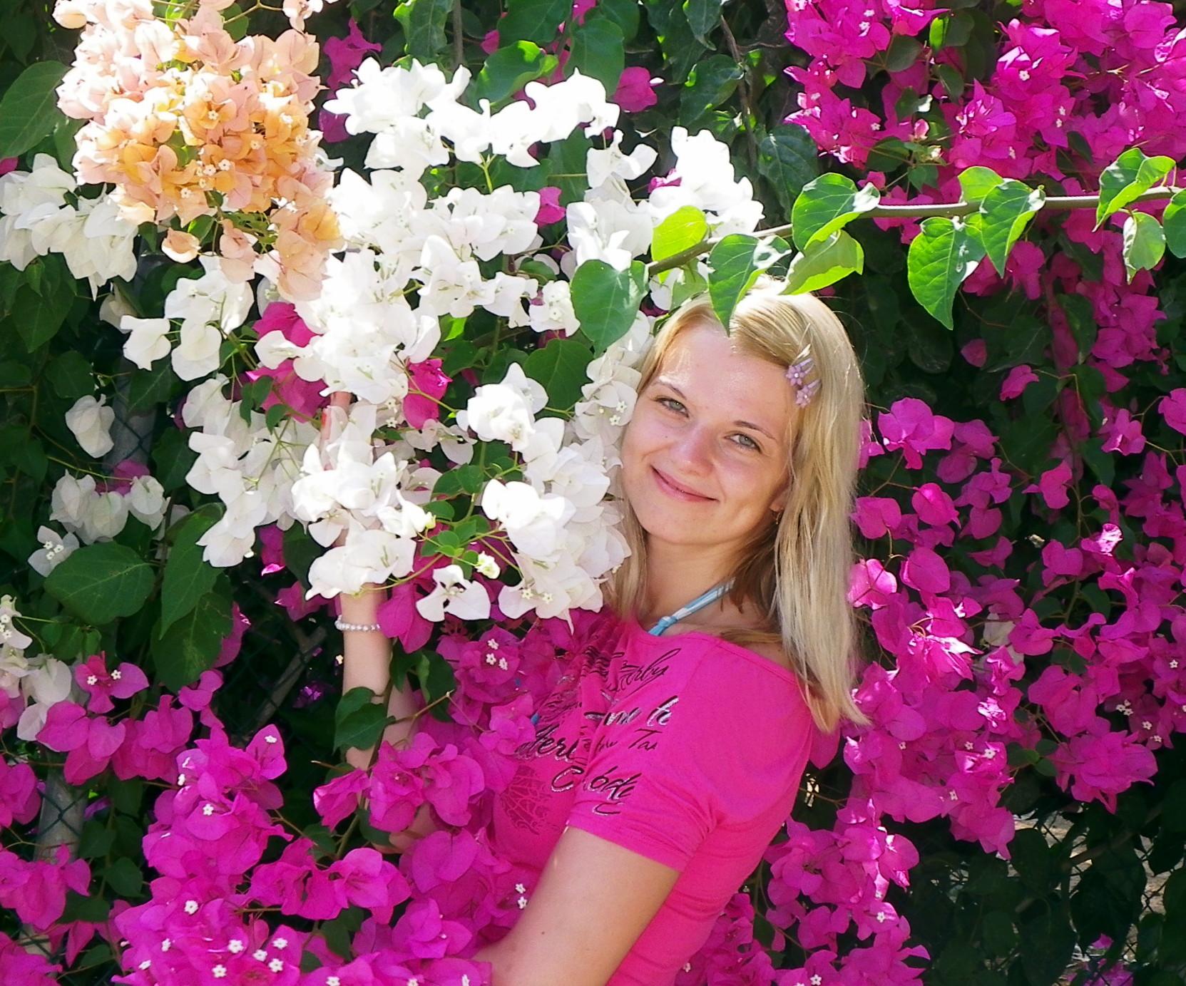 Лютики-цветочки у меня в садочке -)). Цветочное настроение