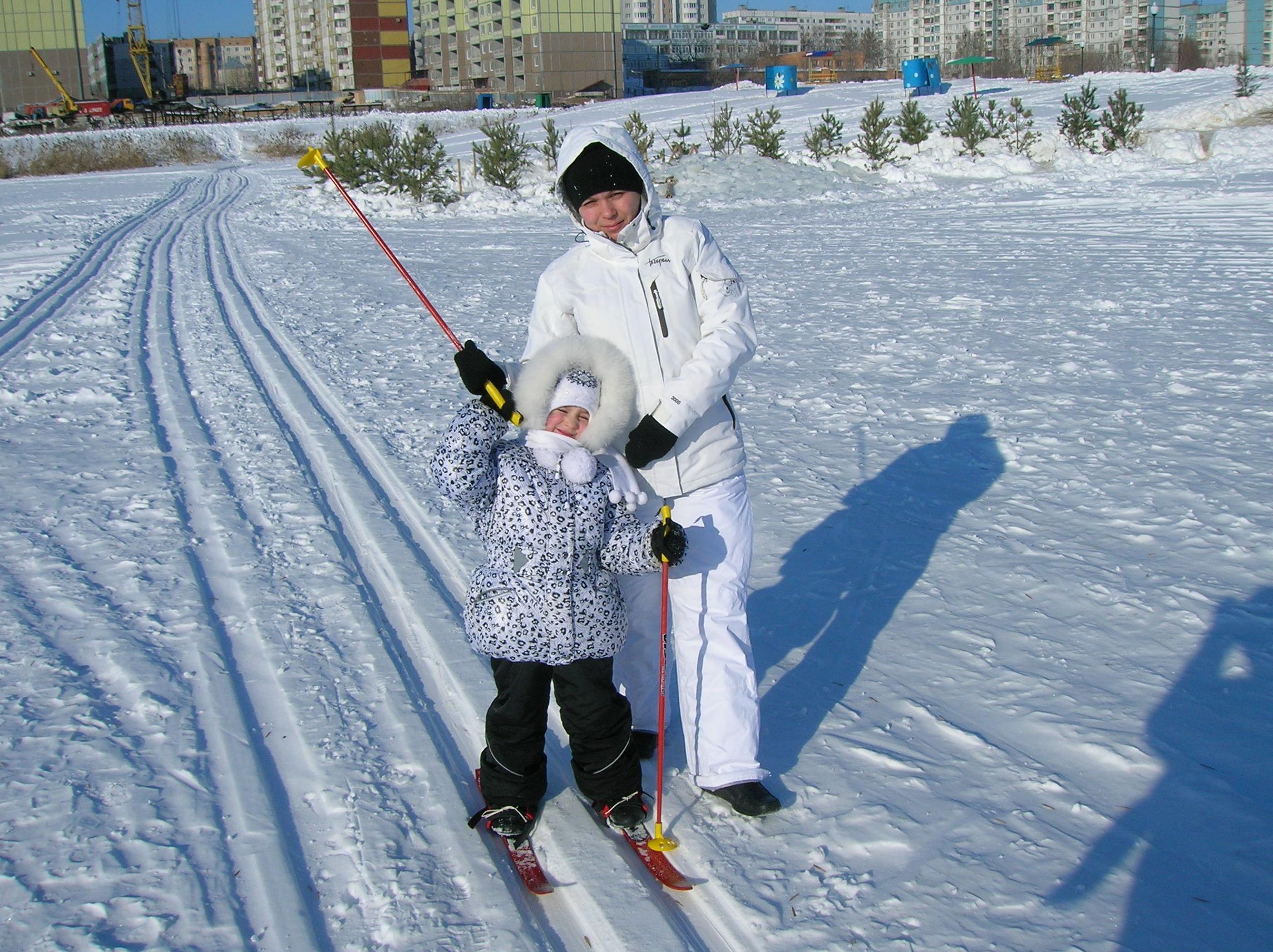 Я люблю коньки и лыжи. Самый сильный и здоровый!