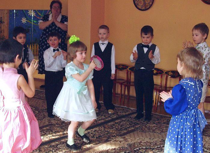 Танец с бубном. Танцуй, пока молодой!