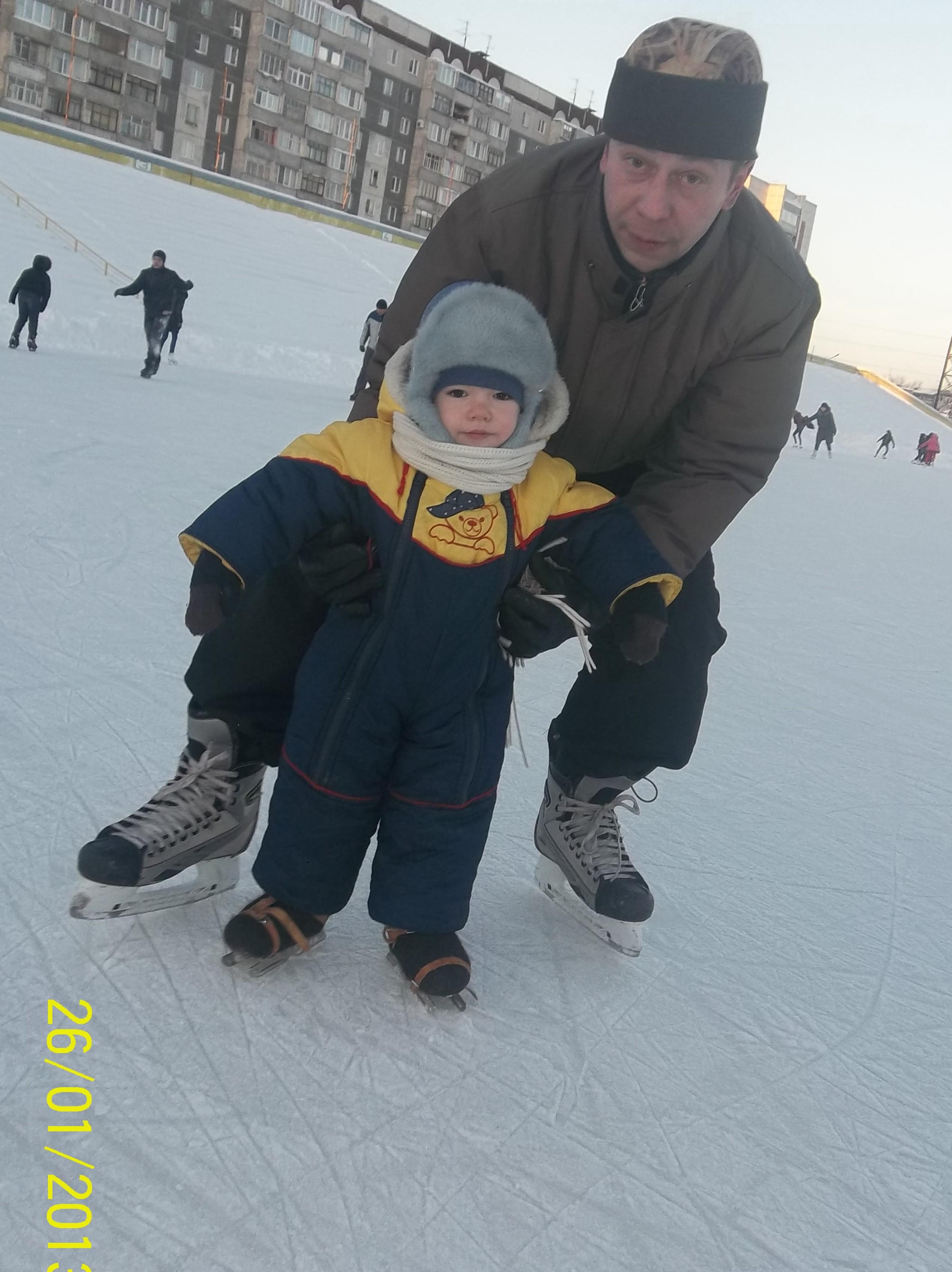 Люблю кататься на коньках, а мне ровно 2 года!!!. Мой спортивный уголок