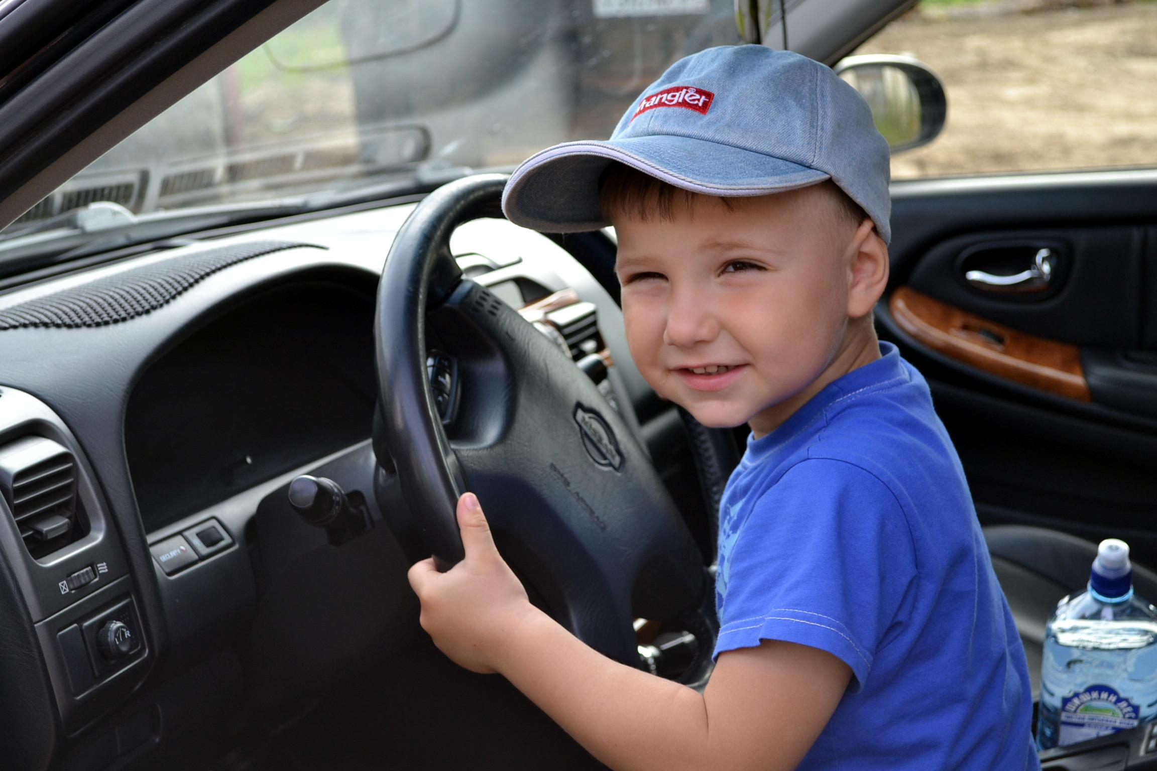 Крепче за баранку держись, шофёр! -)). Пора кататься!