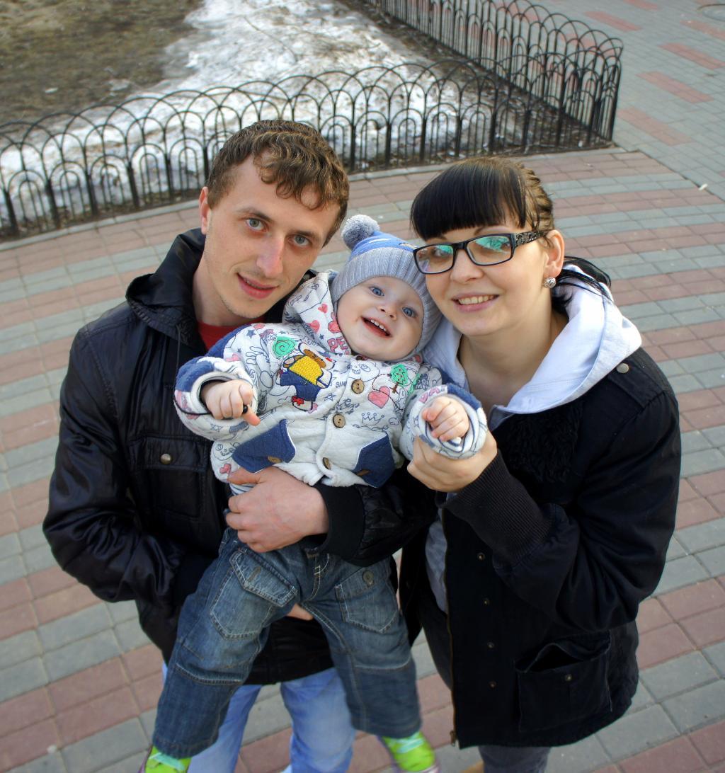 Наша дружная семья-мама,папа,я))). Мама, папа, я - счастливая семья!