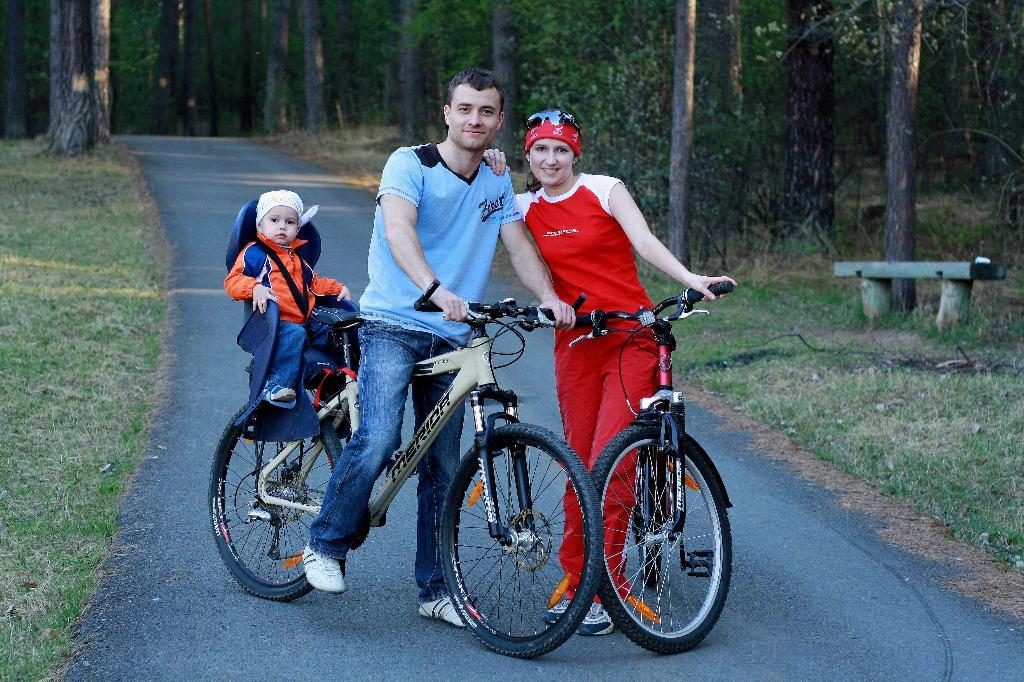 Семейная велопрогулка. Пора кататься!