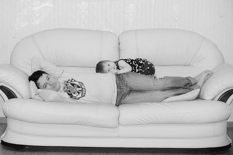 Притомились.... . Мама, папа, я - счастливая семья!