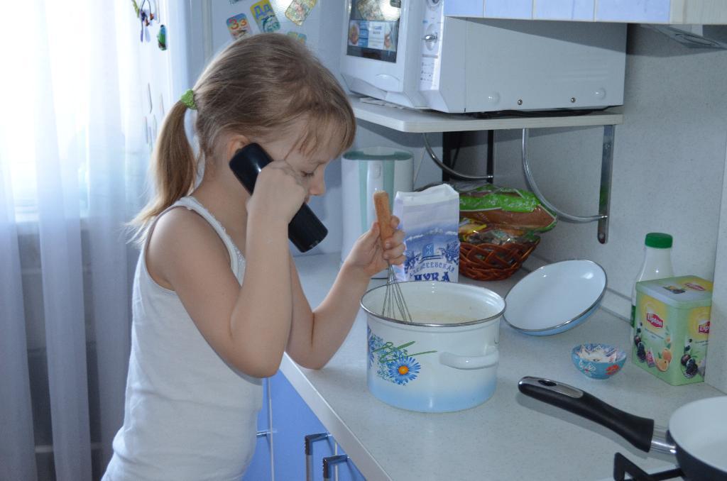 А я готовлю по другому рецепту.... Юные кулинары