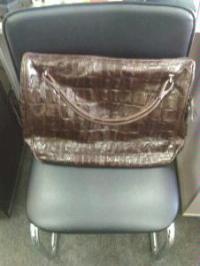 сумка новая фирмы Agape. продам