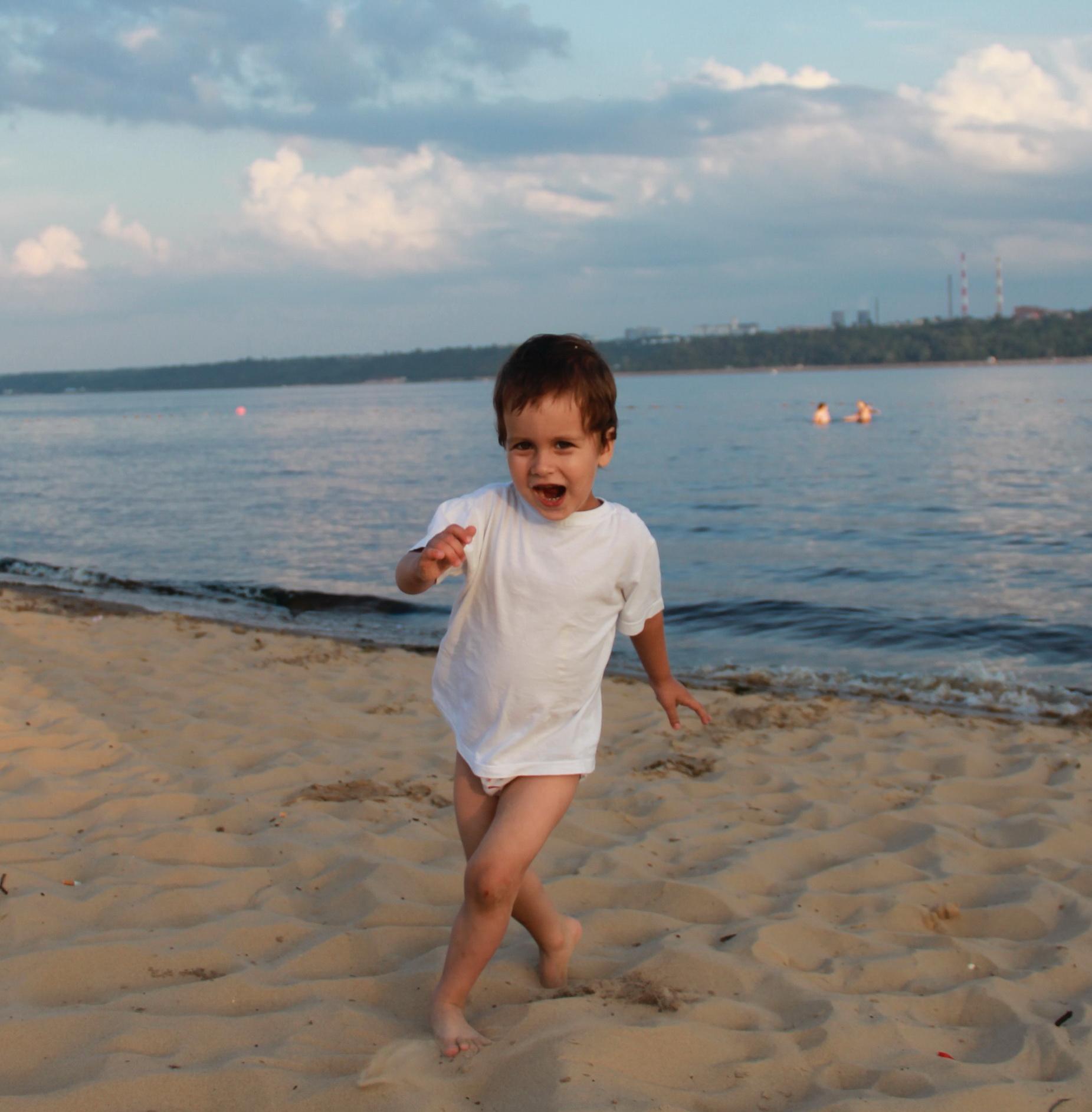 'Солнце, воздух и вода - мои лучшие друзья!'. Самый сильный и здоровый!