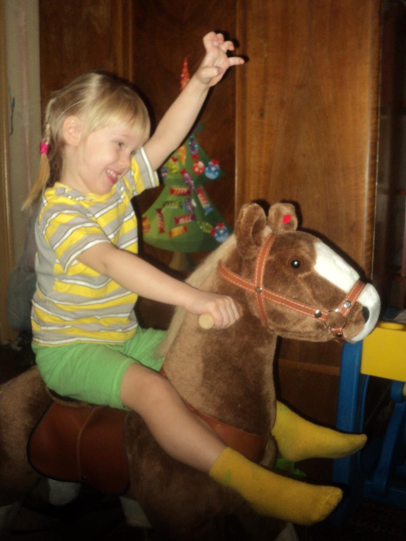 скачи моя коняшка!. Пора кататься!