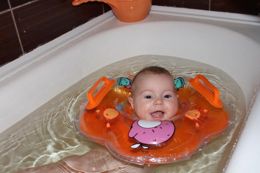 Веселое купание. Веселые пузырьки