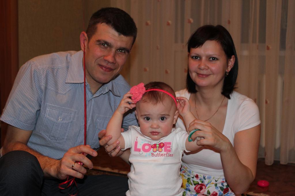 первый день рождения втроем. Мама, папа, я - счастливая семья!