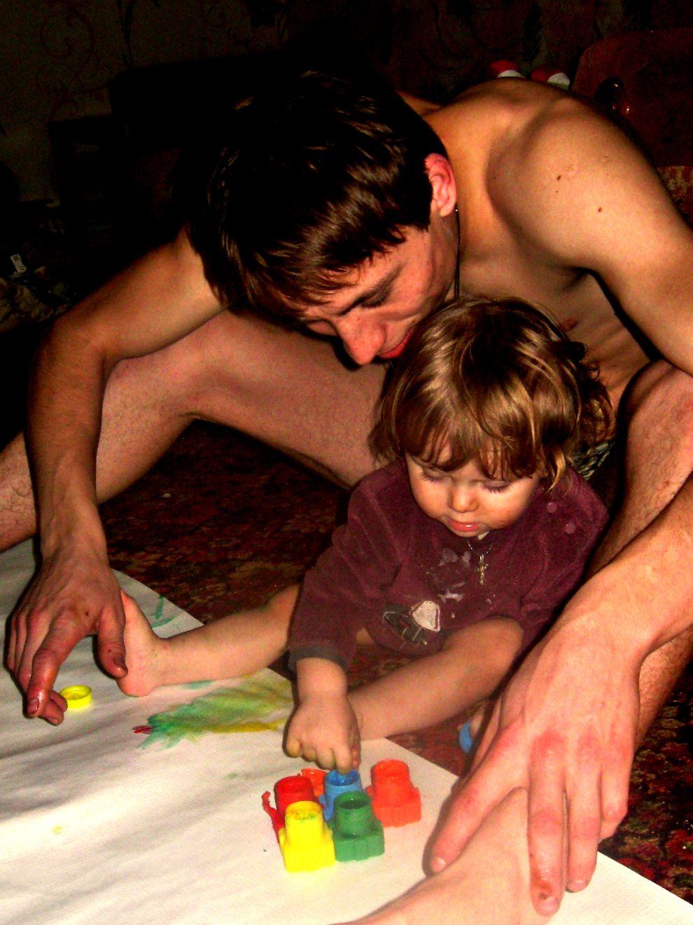 С папой весело всегда - да!да!да!!. Играем вместе!
