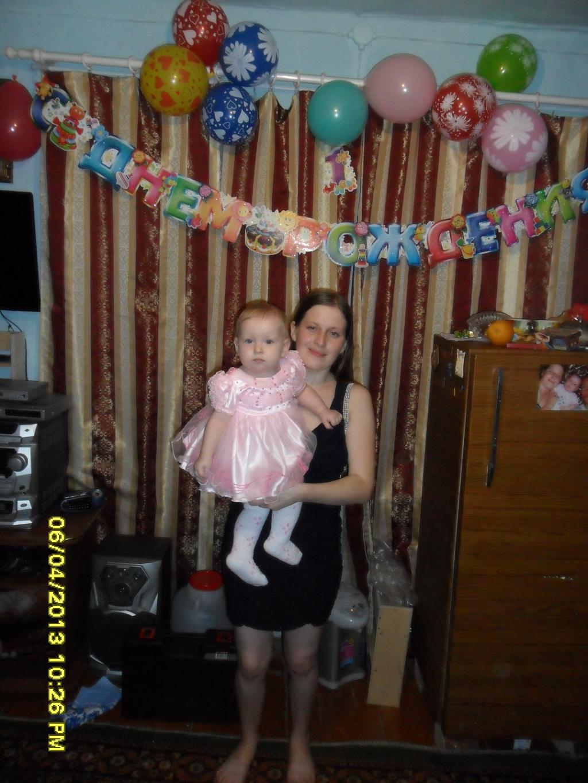 на день рожденье мы были с мамой королевы . Маленькая модница
