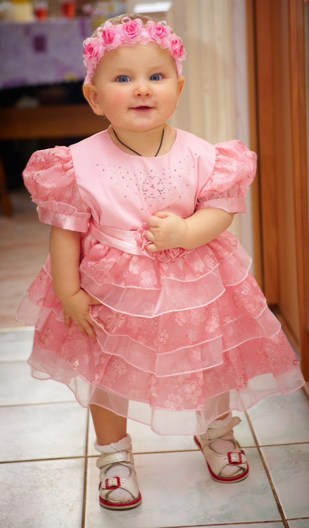 Нашей Барби 1 Год! :). Маленькая модница