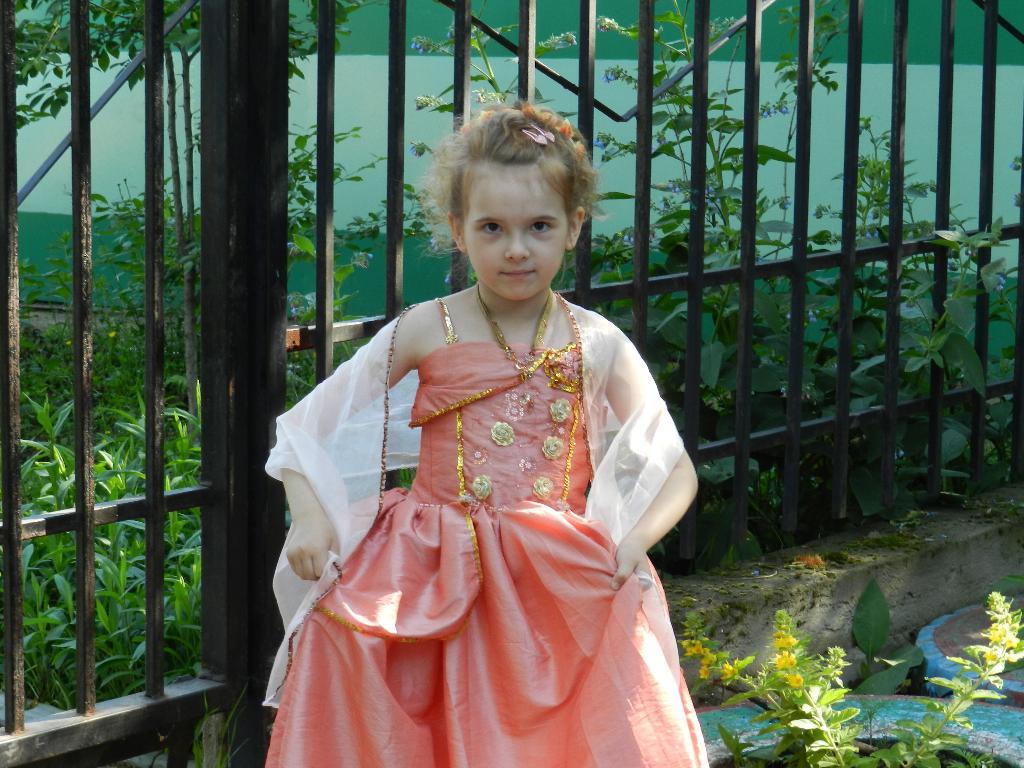 Арина . Маленькая модница
