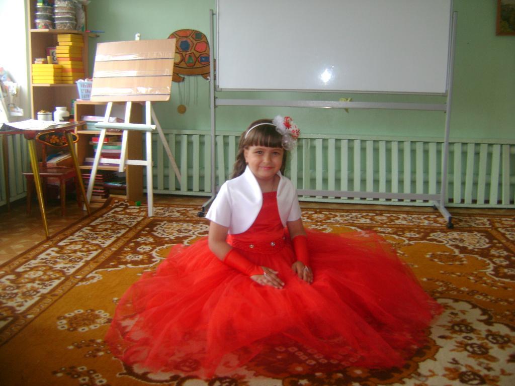 Виктория!!!. Маленькая модница