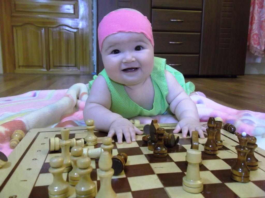 юная шахматистка. Мы ищем таланты!