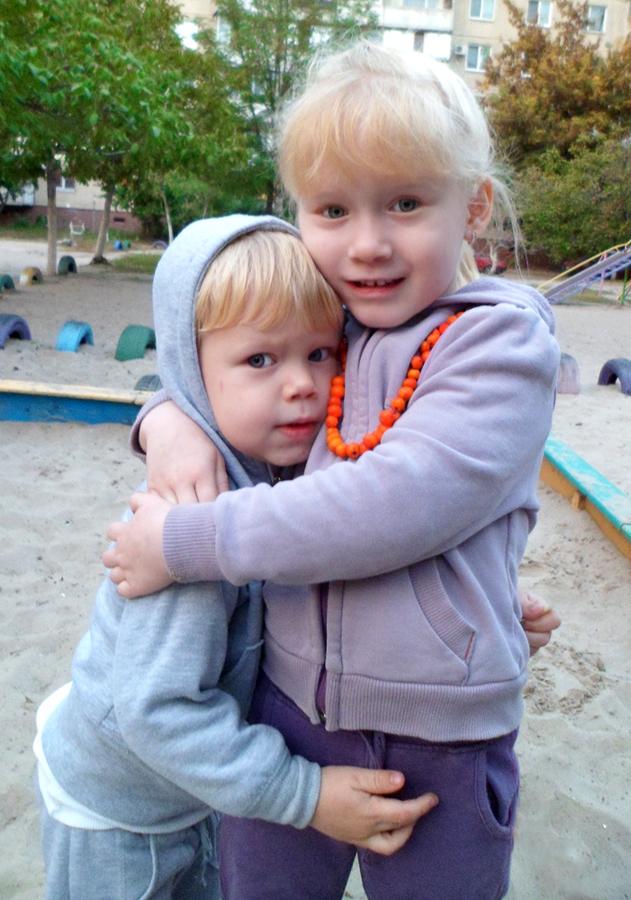 брат и сестра - Друзья навсегда!.