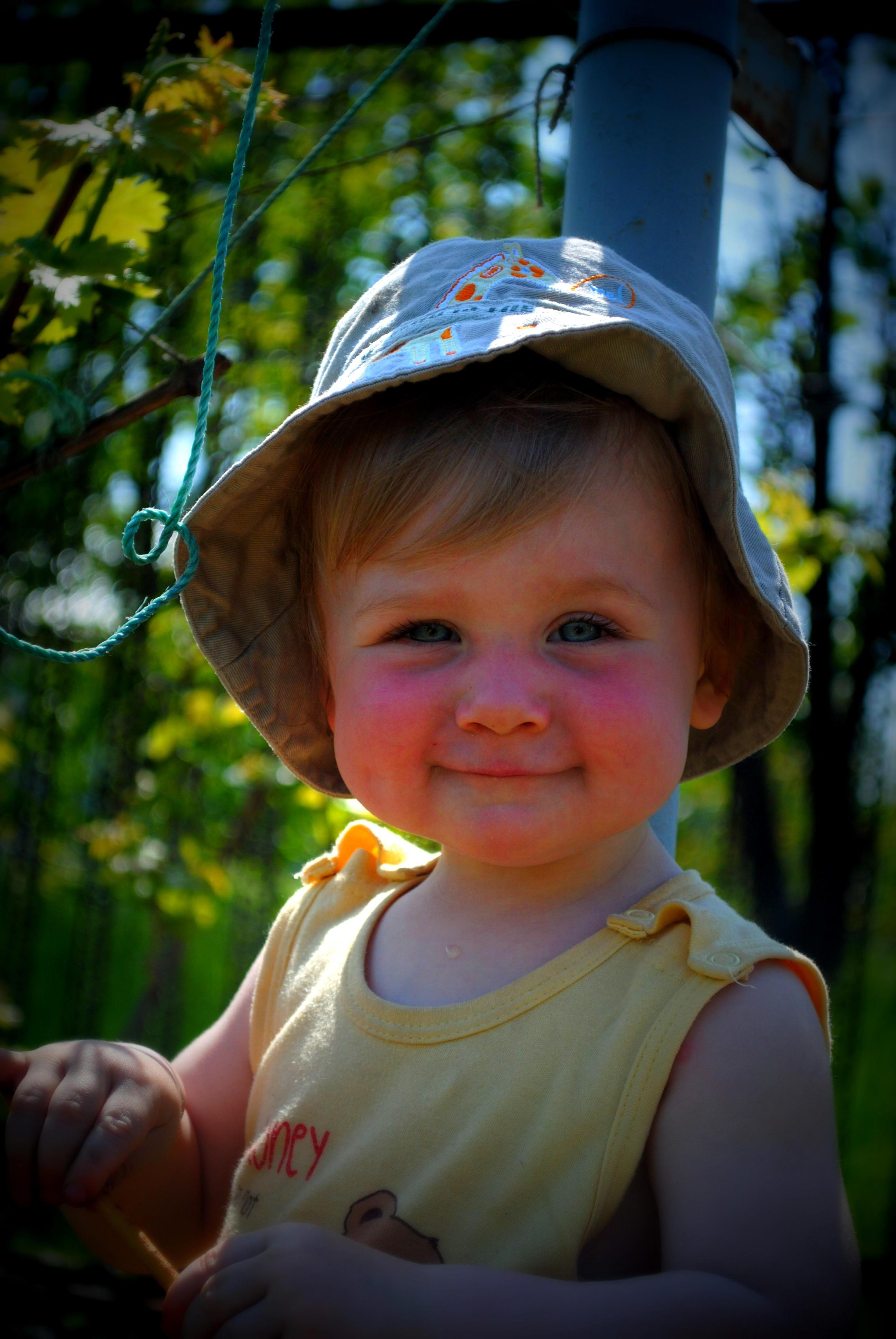 Улыбнись и будет тебе счастье.... От улыбки хмурый день светлей!