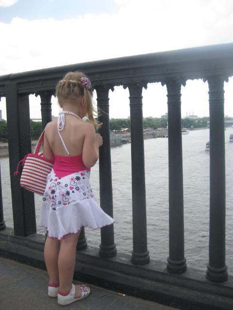 Москва река. Шикарная прическа