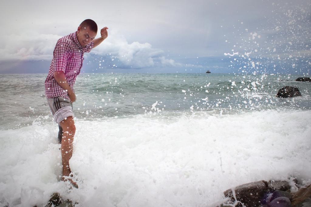 Море. По морям, по волнам...