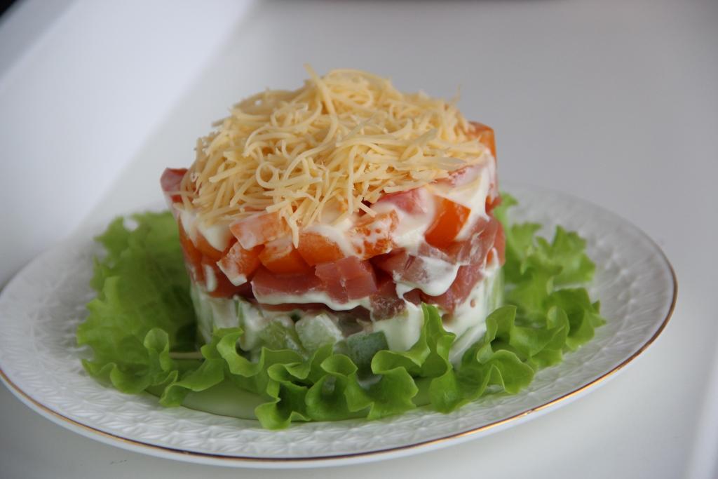Салаты из форели слабосоленой рецепты с фото