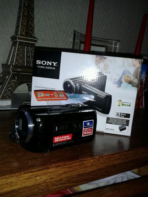 Видеокамера Sony Handycam HDR-PJ320E. №1 - Удачные покупки:)